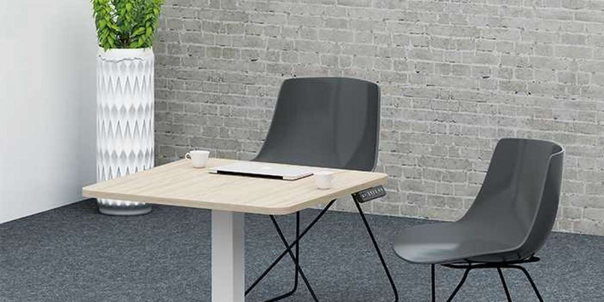 The Difference Between Height Adjustable Desk and Traditional Desk